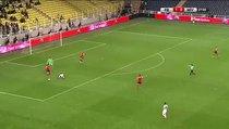 Bu pozisyona kırmızı kart ve penaltı