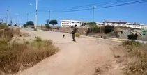 Bisikletliyi kovalayan köpeğin hazin sonu