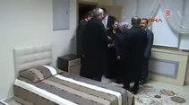 Davutoğlu cezaevindeki gençleri ziyaret etti