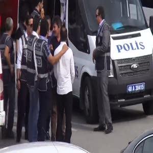 İnsan kaçakçılarına operasyon 8 gözaltı