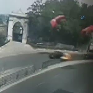 Turistin yaralandığı kaza kamerada