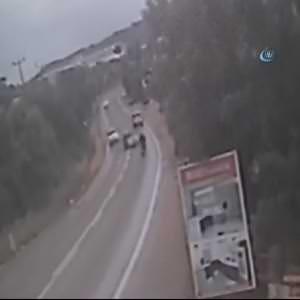 Motosiklet sürücüsünün ölümü kamerada