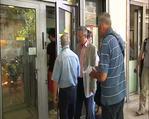 Yunanistan'da emeklilere 120 Euro para çekme sınırı