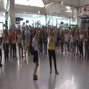 Atatürk Havalimanı'nda Danslı veda