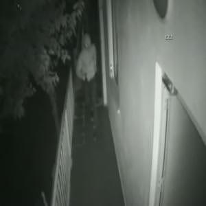 Silahlı soygun kameralara böyle yansıdı