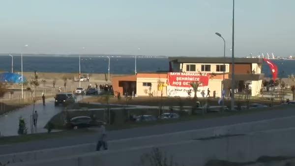 Başbakan Davutoğu, Samsun'da denize açıldı