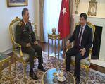 Başbakan Davutoğlu, Genelkurmay Başkanı Orgeneral Akar'ı kabul etti
