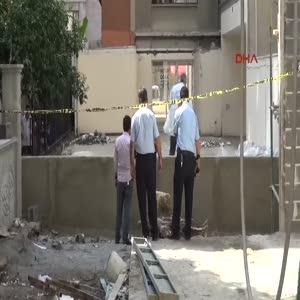 8'inci kattan atlayan genç öldü