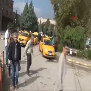 Ankara Garı önündeki şüpheli paket paniğe neden oldu