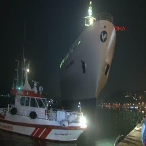 Sarıyer'de kuru yük gemisi karaya oturdu