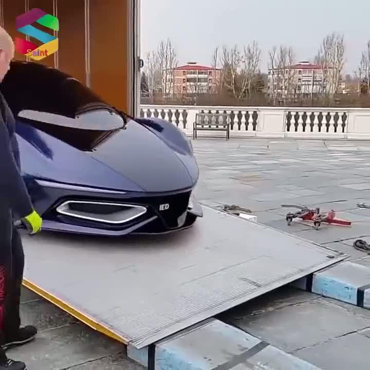 Lüks araçlar böyle teslim ediliyor!