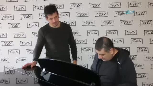 Emre Belözoğlu şarkı söyledi