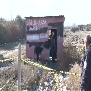 Boş kulübede yanmış ceset bulundu