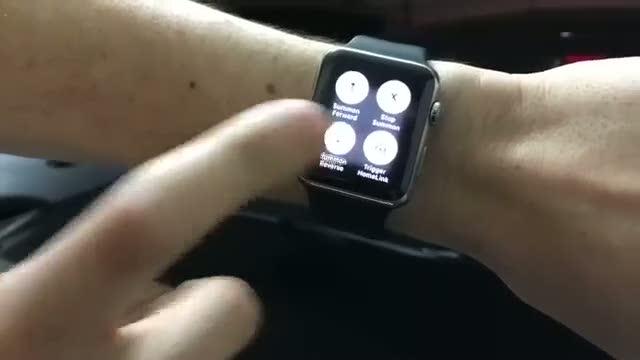 Saati ile aracını çağırdı