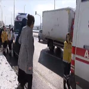 Kazaya karışan kadın sürücü gözyaşlarına boğuldu