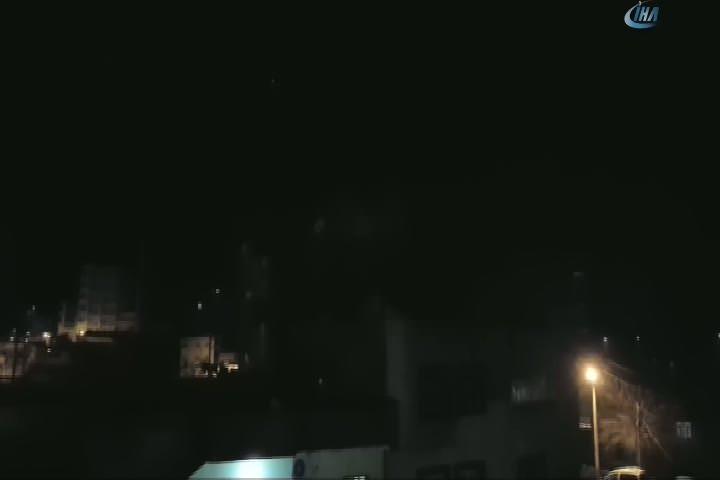 İdil'de polise ateş açıldı