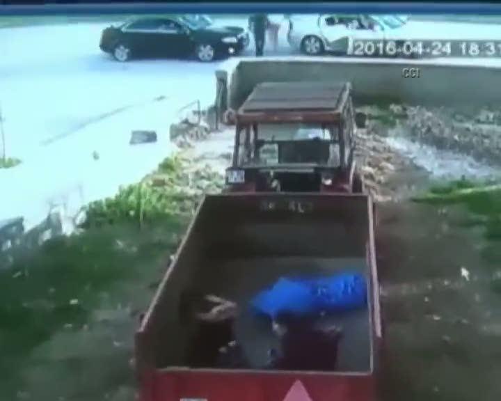 Trafik kavgasında 2 çocuğu ve eşinin yanında böyle katlettiler!