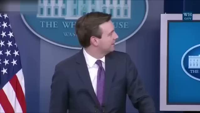 Beyaz Saray'da basın toplantısında gürültü!