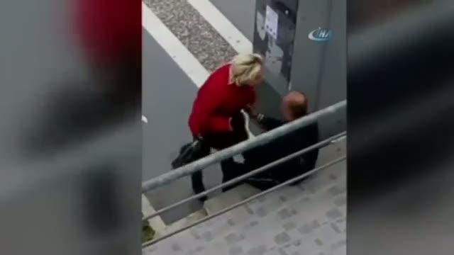 Çiftten sokak ortasında ilginç kavga