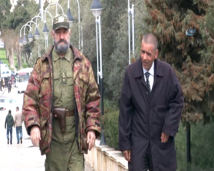 Barack Obama ve Fidel Castro'nun benzerleri Azerbaycan'da buluştu!