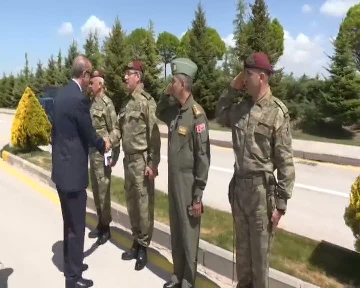 Cumhurbaşkanı Erdoğan'a 'Hücum marşlı' özel tatbikat