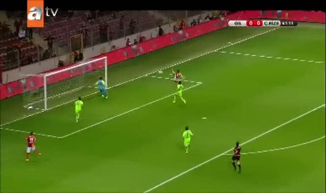 Galatasaray bu pozisyonu gole çeviremedi