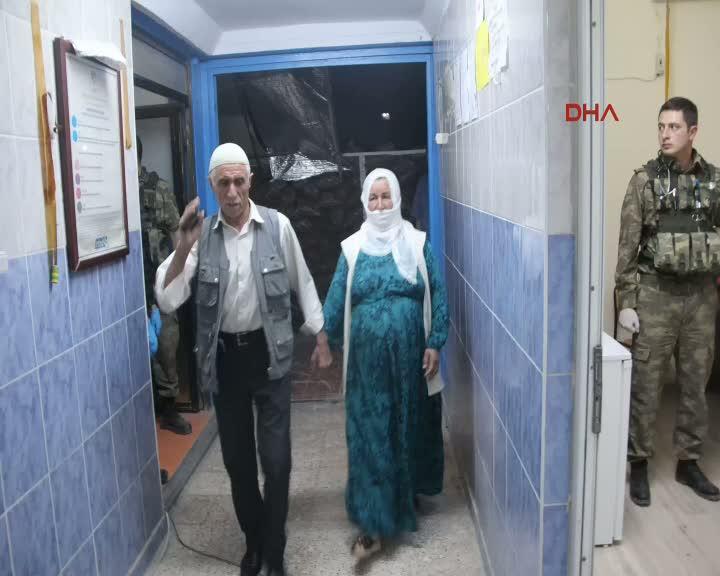 Teslim olan kadın terörist ailesiyle görüştürüldü