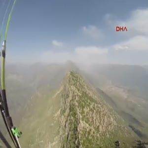 Yamaç paraşütü yapanlara PKK ateş açtı!