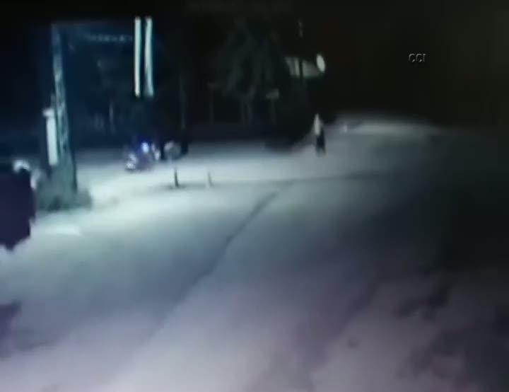 Motosiklet hırsızları kamerada!