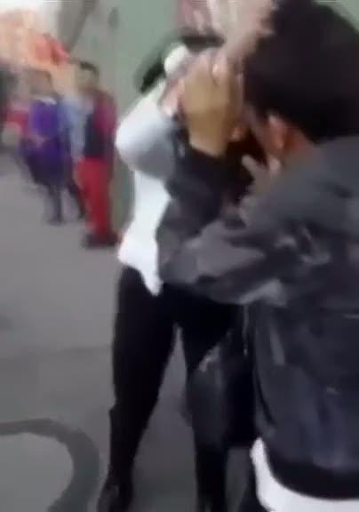 Dünyanın en yanlış insanını soymaya çalışan adam