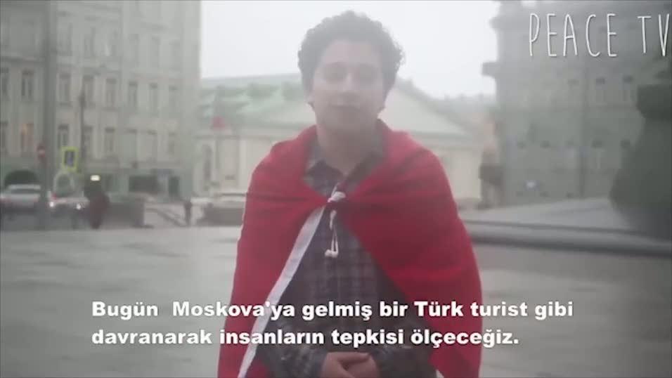 Moskova'da Türk bayrağıyla dolaşırsanız ne olur?