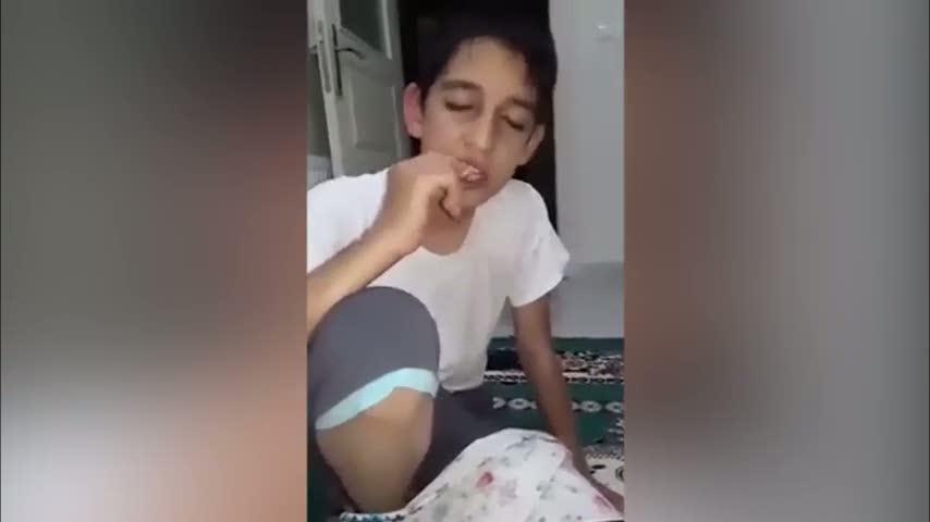 Uykulu çocuğun sahurla imtihanı