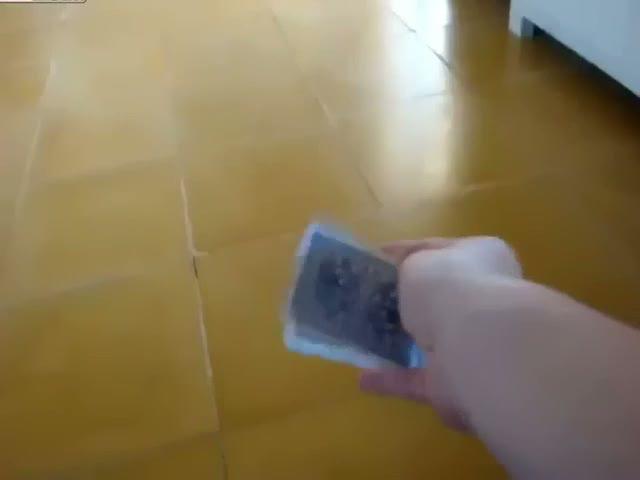 İskambil kartlarıyla ninja olan adam