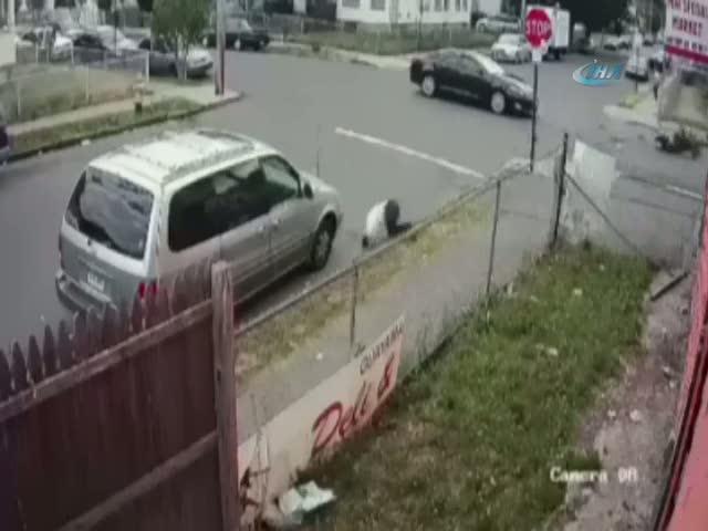 Taklalar atarak asfalta çakıldı!