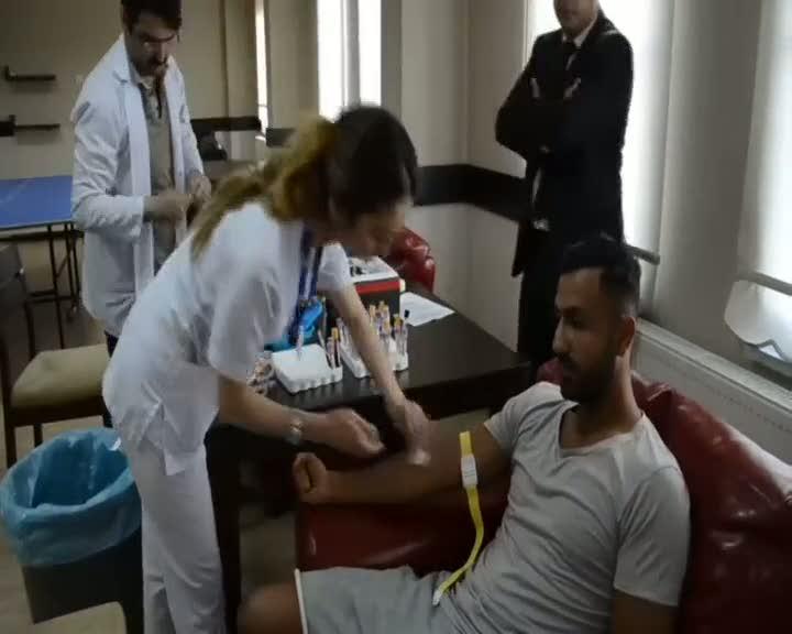 Sivasspor'da futbolcular sağlık kontrolünden geçti·