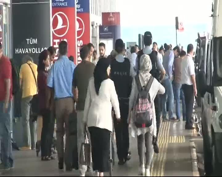 Özel Harekat Polisi Atatürk Havalimanı'nda göreve başladı