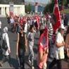 İstanbullular Taksim'e akın ediyor