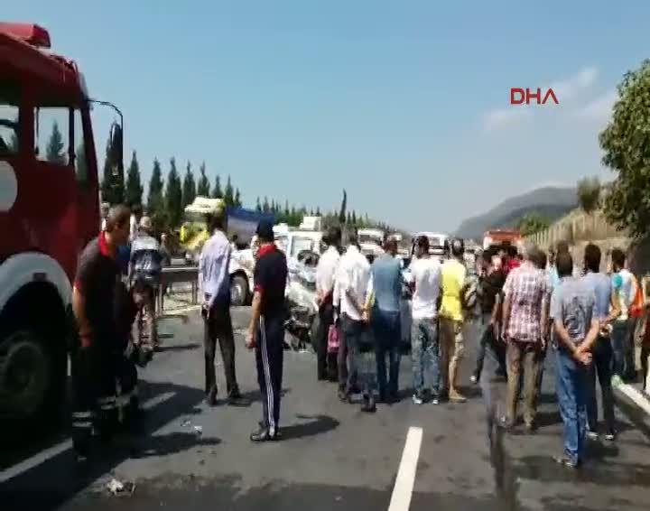 TEM'de zincirleme kaza: 7 yaralı!