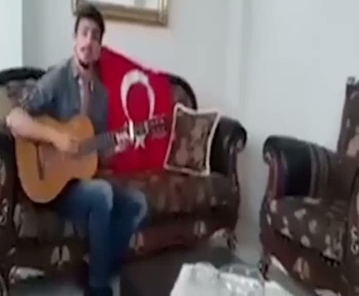 Sosyal medyayı sallayan şarkı: 'Emir verdi başkomutan'