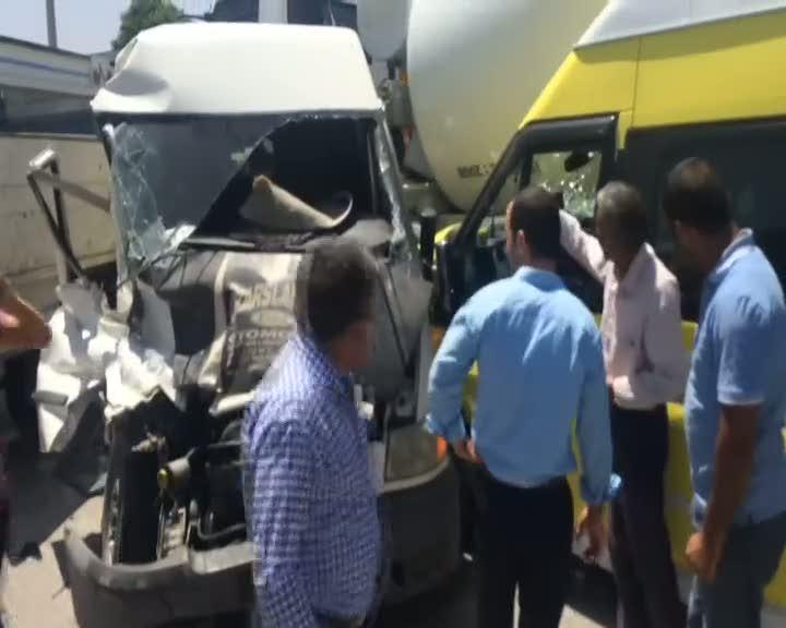 Van'da zincirleme trafik kazası; 11 yaralı