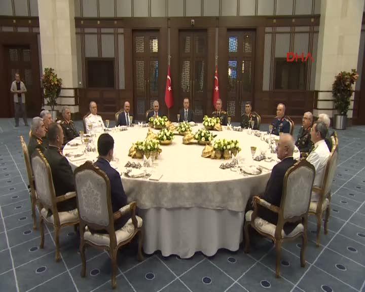 Cumhurbaşkanı Erdoğan, YAŞ üyelerini kabul etti