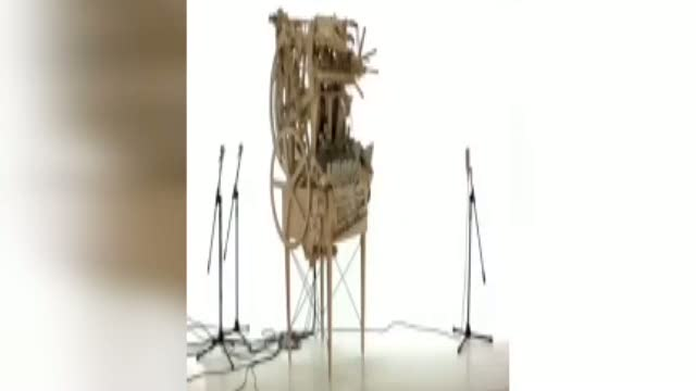 2000 metal top İle yapılmış inanılmaz bir müzik makinesi