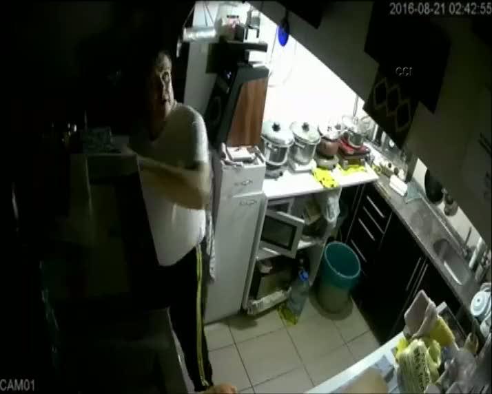 Parayı çalan zanlı güvenlik kameralarına yakalandı