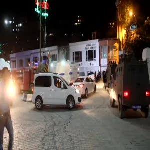 Hakkari'de polis lojmanında patlama