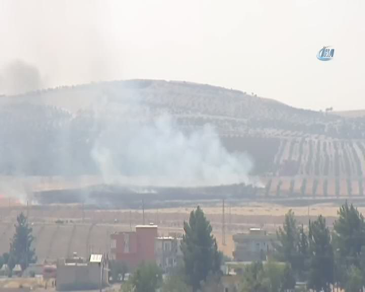 Cerablus'tan dumanlar yükselmeye devam ediyor