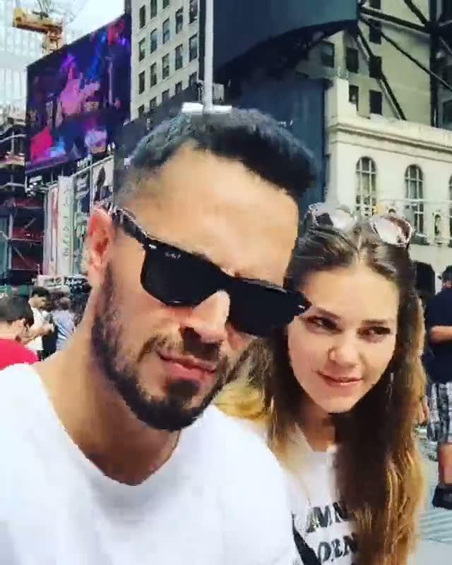 Aslı Enver ve Murat Boz New York'tan video paylaştı