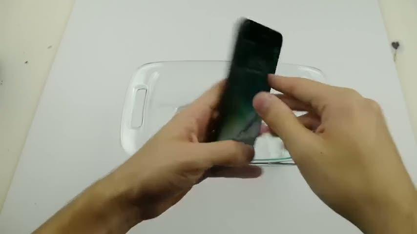 iPhone 7, kola içerisinde dondurulursa
