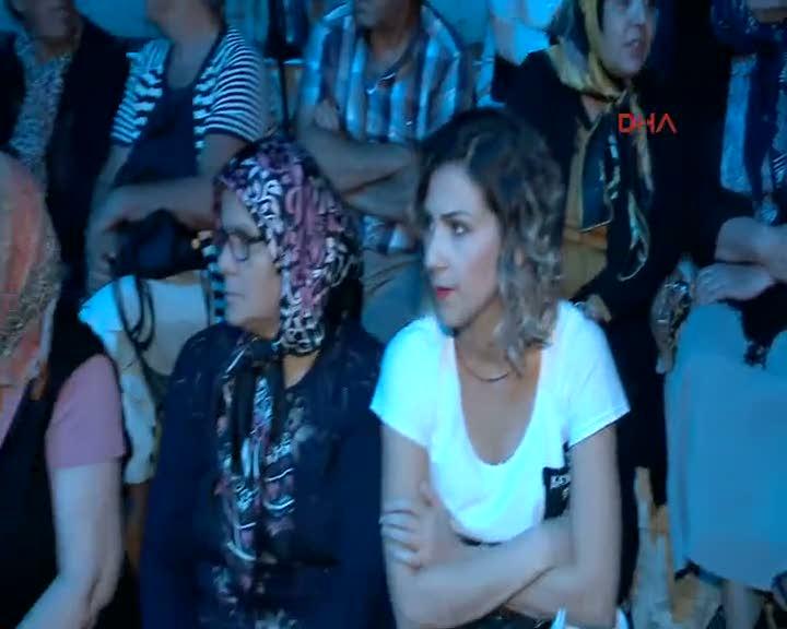 EXPO'da türkü şöleni