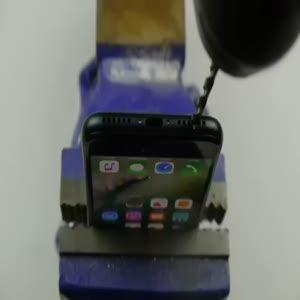 1000'den fazla kişi iPhone 7'ye matkapla kulaklık girişi açmış!