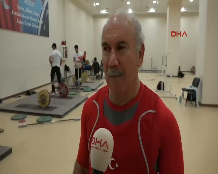68 yaşındaki haltercinin hedefi 3'üncü kez dünya şampiyonluğu